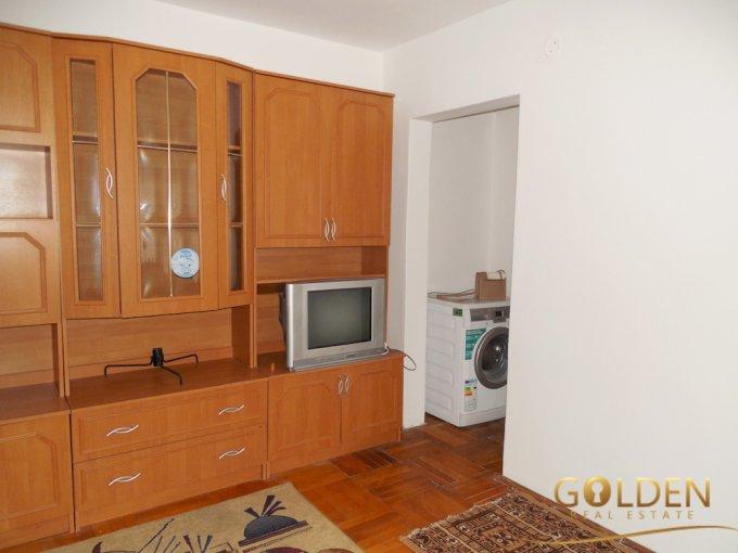 inchiriere apartament cu 2 camere, semidecomandat, in zona Boul Rosu, orasul Arad