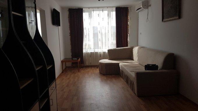 inchiriere apartament decomandat, zona Boul Rosu, orasul Arad, suprafata utila 53 mp