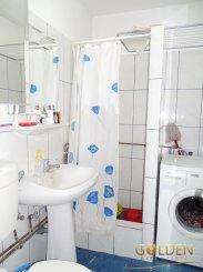 Apartament cu 2 camere de vanzare, confort 1, zona Centru,  Arad