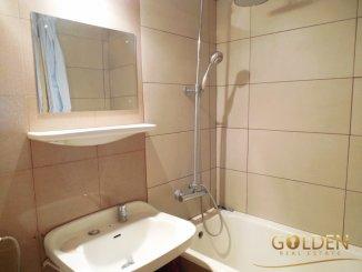 Apartament cu 2 camere de vanzare, confort 1, zona Boul Rosu,  Arad