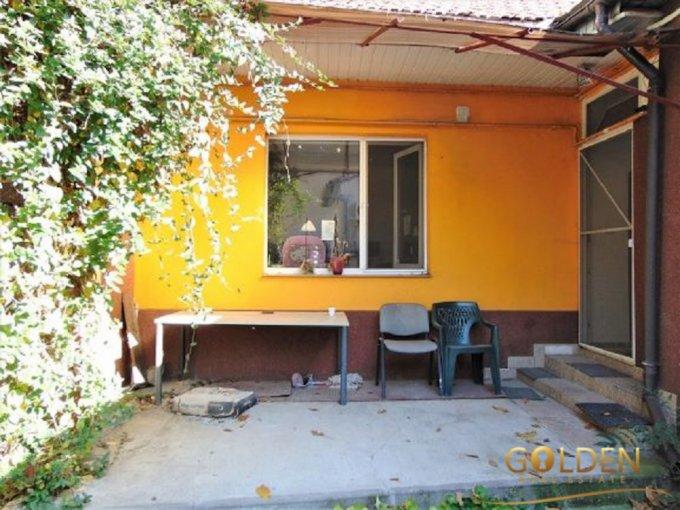 Apartament vanzare Ultracentral cu 2 camere, la Parter, 1 grup sanitar, cu suprafata de 43 mp. Arad, zona Ultracentral.