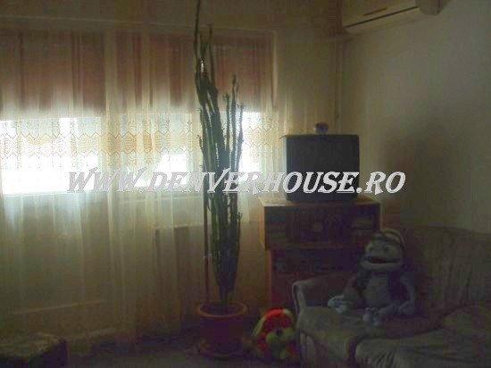 Apartament cu 2 camere de vanzare, confort 2, zona Cismigiu,  Arad