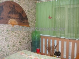 agentie imobiliara vand apartament semidecomandat, in zona Sega.Zona 3, orasul Arad