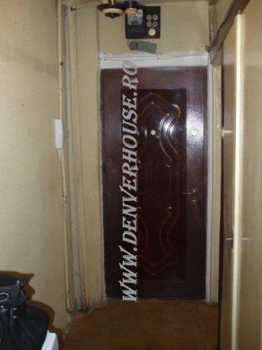 Apartament cu 2 camere de vanzare, confort 2, zona Barbu Vacarescu,  Arad