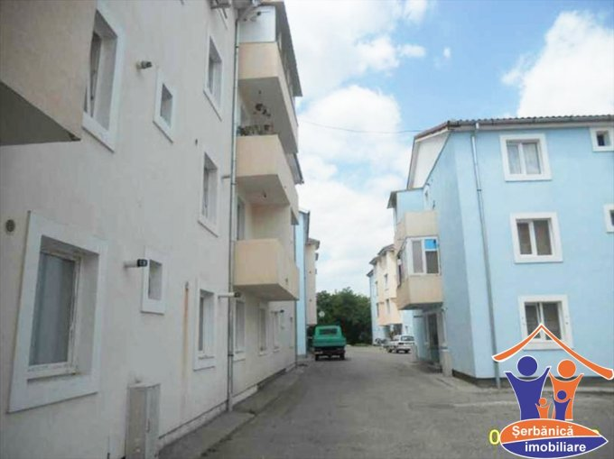 vanzare apartament cu 2 camere, decomandat, in zona Dragasani, orasul Arad