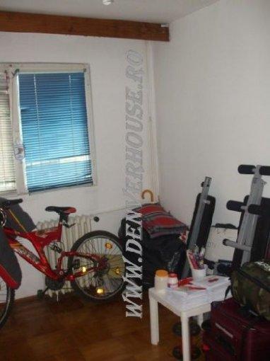 Arad, zona Sega, apartament cu 2 camere de vanzare
