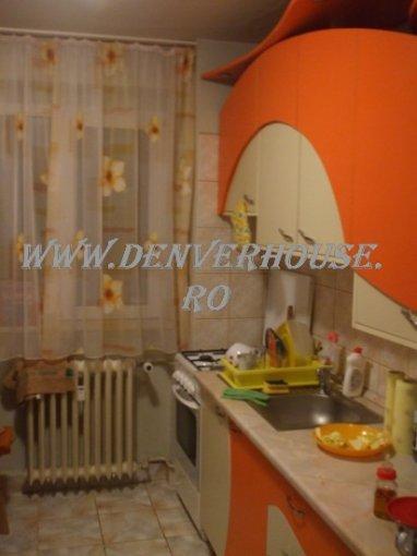 vanzare duplex cu 2 camere, semidecomandat, in zona UTA, orasul Arad