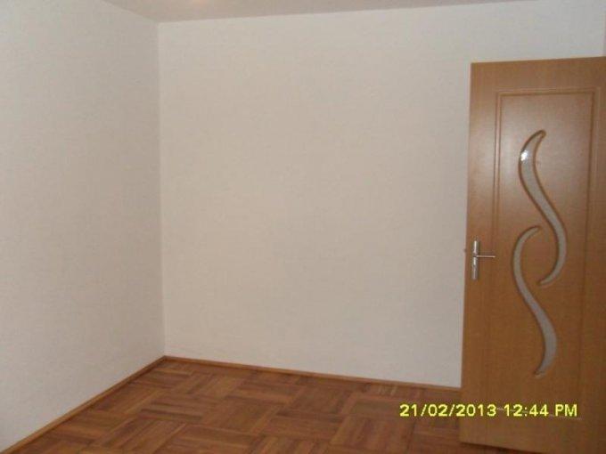 agentie imobiliara vand apartament decomandat, in zona Vlaicu, orasul Arad