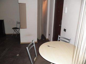vanzare apartament decomandat, zona Malul Muresului, orasul Arad, suprafata utila 70 mp