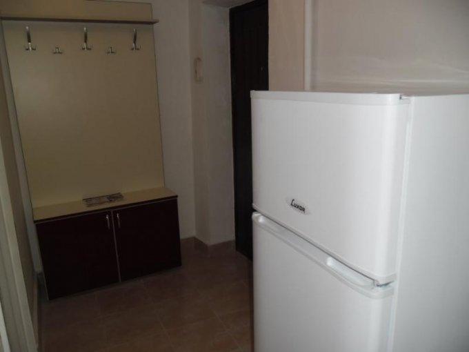 inchiriere apartament decomandat, zona Gara, orasul Arad, suprafata utila 70 mp