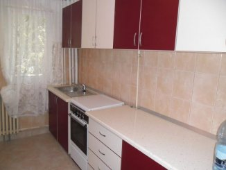 inchiriere apartament cu 2 camere, decomandat, in zona Gara, orasul Arad