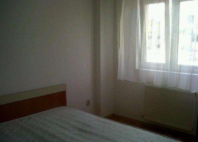 inchiriere apartament decomandat, zona Confectii, orasul Arad, suprafata utila 70 mp