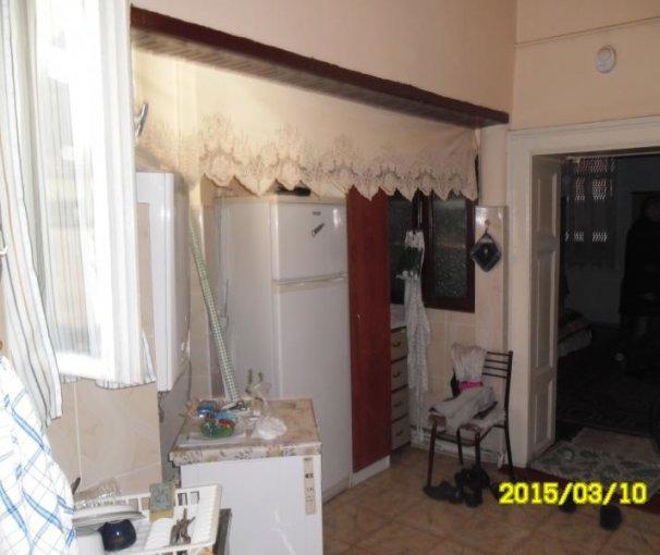vanzare apartament semidecomandat, zona Ultracentral, orasul Arad, suprafata utila 72 mp
