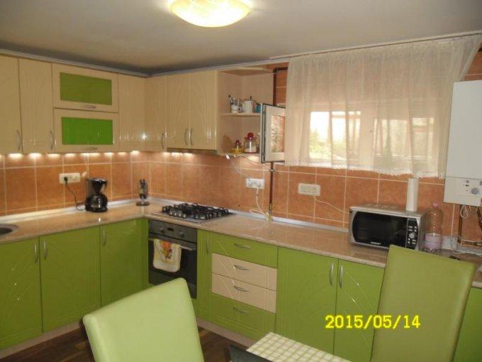 vanzare apartament decomandat, zona Ultracentral, orasul Arad, suprafata utila 107 mp