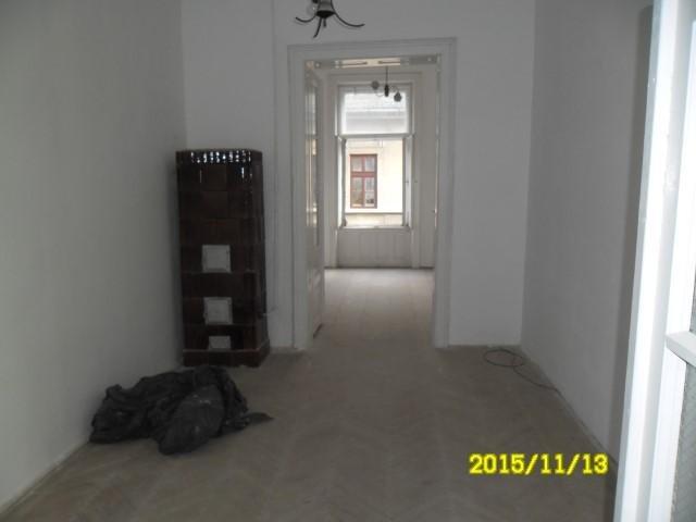 vanzare apartament decomandat, zona Ultracentral, orasul Arad, suprafata utila 120 mp