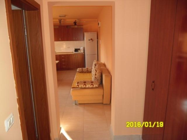vanzare apartament cu 2 camere, semidecomandat, in zona Intim, orasul Arad