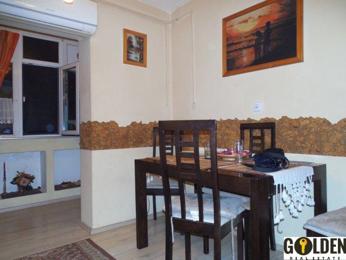 vanzare apartament cu 2 camere, decomandat, in zona Alfa, orasul Arad
