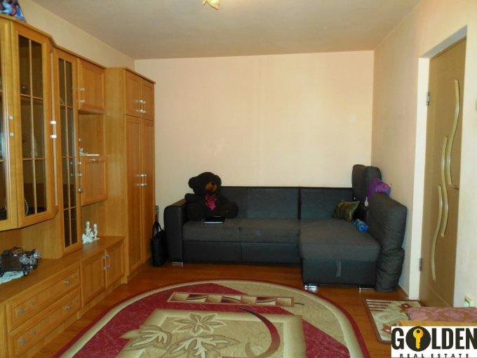 vanzare apartament decomandat, zona Aurel Vlaicu, orasul Arad, suprafata utila 72 mp