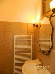 vanzare apartament semidecomandat, zona Ultracentral, orasul Arad, suprafata utila 100 mp