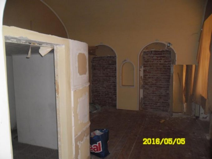 vanzare apartament semidecomandat, zona Ultracentral, orasul Arad, suprafata utila 62 mp