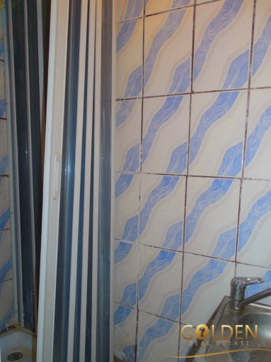 vanzare apartament decomandat, zona Intim, orasul Arad, suprafata utila 86 mp
