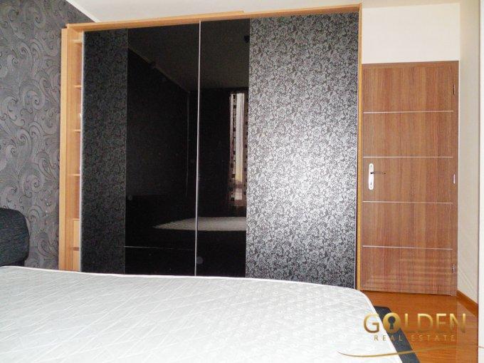 vanzare apartament decomandat, zona UTA, orasul Arad, suprafata utila 60 mp