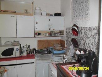 vanzare apartament semidecomandat, zona Boul Rosu, orasul Arad, suprafata utila 87 mp