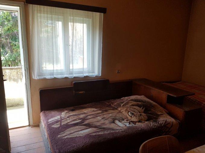 vanzare apartament semidecomandat, zona Ultracentral, orasul Arad, suprafata utila 64 mp
