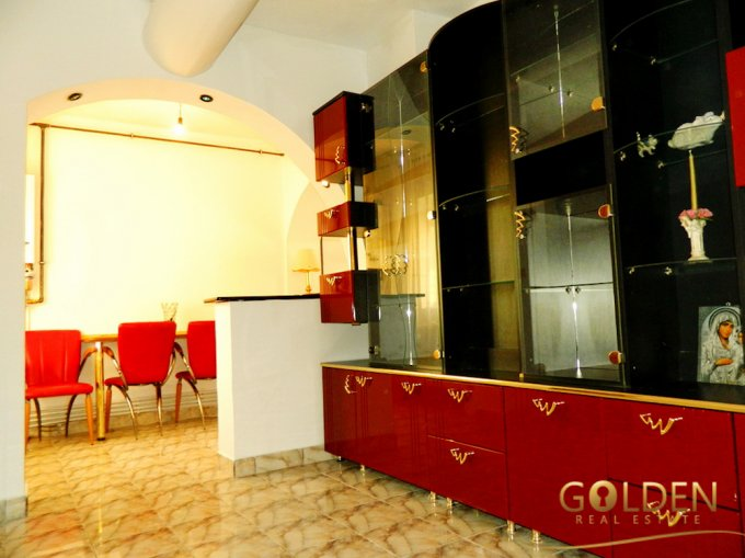 vanzare apartament semidecomandat, zona Ultracentral, orasul Arad, suprafata utila 86 mp