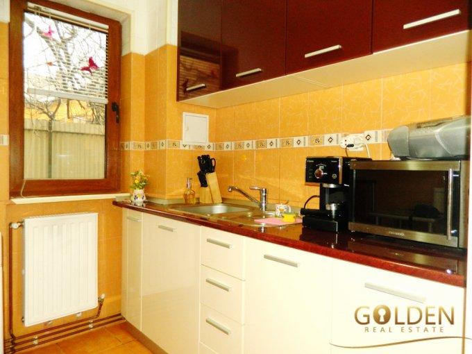 vanzare apartament cu 2 camere, decomandat, in zona Podgoria, orasul Arad
