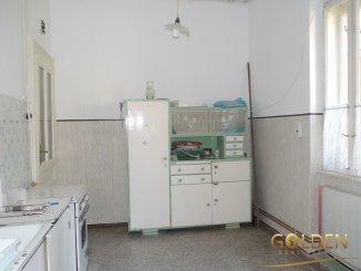 vanzare apartament decomandat, zona Centru, orasul Arad, suprafata utila 90 mp