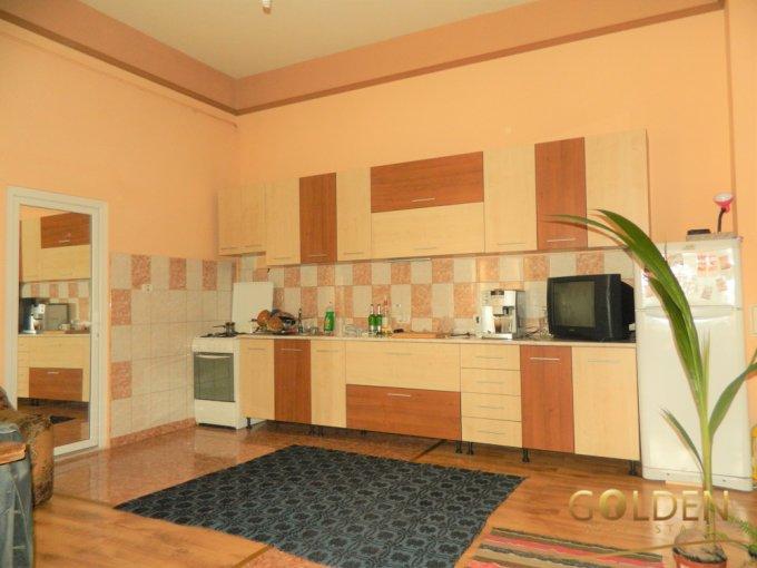 vanzare apartament semidecomandat, zona Ultracentral, orasul Arad, suprafata utila 117 mp