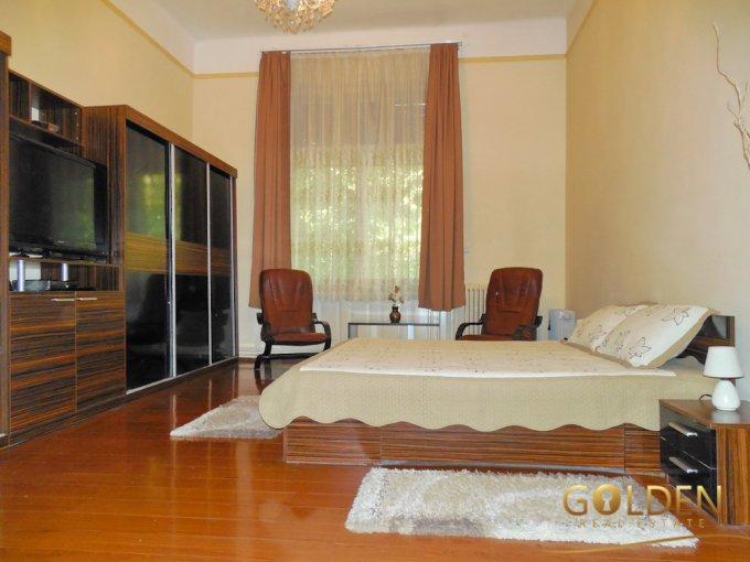 Apartament de vanzare in Arad cu 2 camere, cu 1 grup sanitar, suprafata utila 87 mp. Pret: 62.000 euro negociabil.
