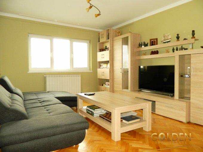 Apartament vanzare Micalaca cu 2 camere, etajul 4, 1 grup sanitar, cu suprafata de 65 mp. Arad, zona Micalaca.