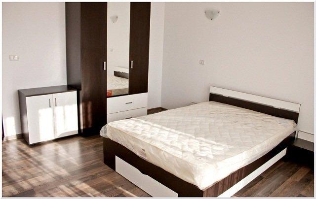vanzare apartament cu 2 camere, decomandat, in zona Subcetate, orasul Arad