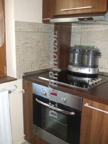 vanzare apartament cu 3 camere, decomandat, in zona Sega.Zona 3, orasul Arad