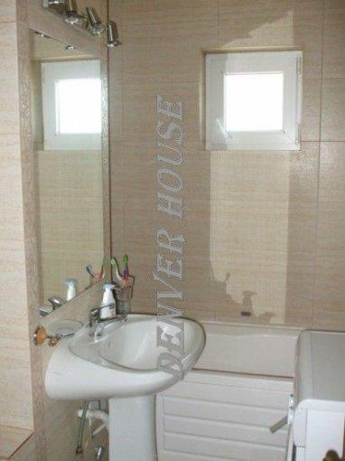 vanzare apartament decomandat, zona Cismigiu, orasul Arad, suprafata utila 106 mp