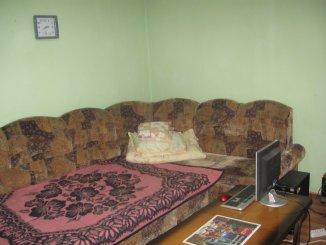 inchiriere apartament cu 3 camere, decomandat, in zona 6 Vanatori, orasul Arad
