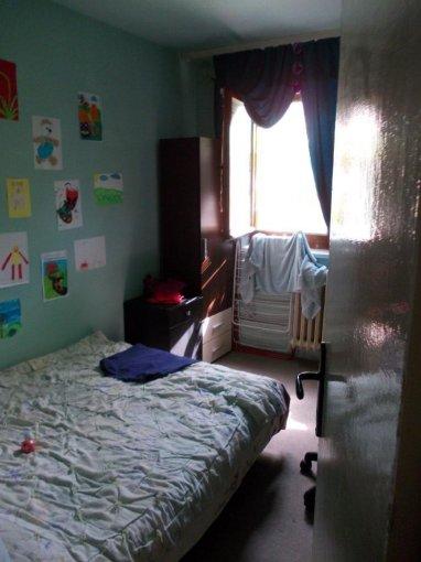 agentie imobiliara vand apartament decomandat, in zona Fortuna, orasul Arad