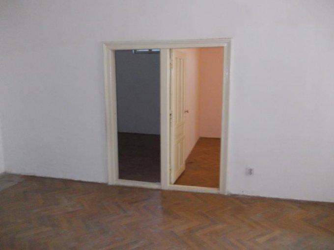 vanzare apartament semidecomandat, zona Centru, orasul Arad, suprafata utila 75 mp