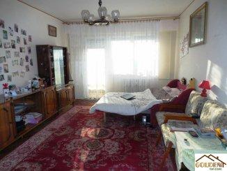 agentie imobiliara vand apartament decomandat, in zona Gara, orasul Arad