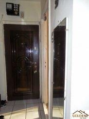 vanzare apartament cu 3 camere, decomandat, in zona Gara, orasul Arad