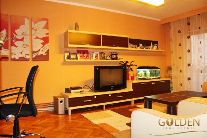 vanzare apartament decomandat, zona UTA, orasul Arad, suprafata utila 73 mp