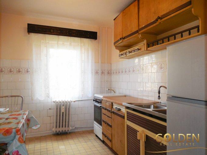 inchiriere apartament semidecomandat, zona Micalaca, orasul Arad, suprafata utila 78 mp