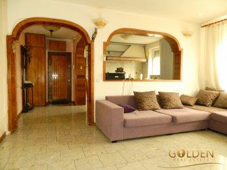 Apartament cu 3 camere de vanzare, confort 1, zona Ultracentral, Arad