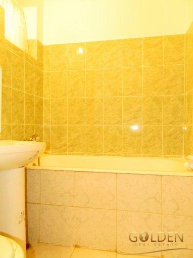 Apartament cu 3 camere de inchiriat, confort 1, zona Aurel Vlaicu,  Arad