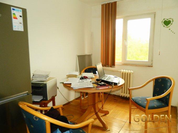 vanzare apartament decomandat, zona Intim, orasul Arad, suprafata utila 60 mp