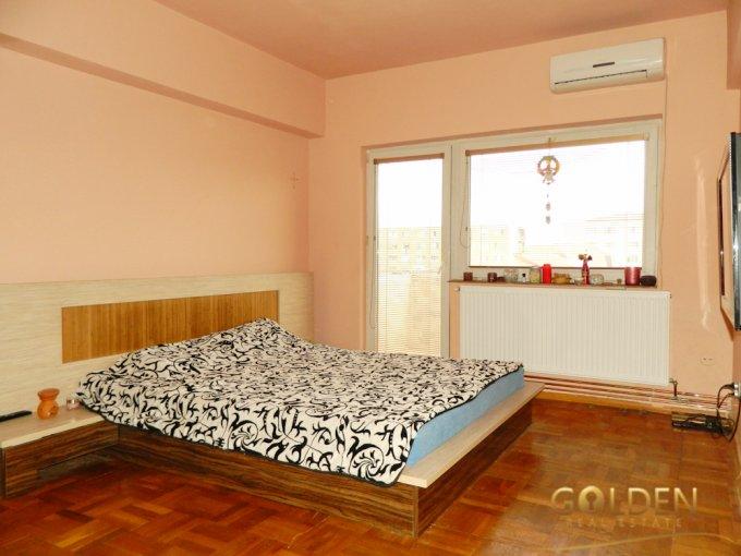 Apartament de vanzare in Arad cu 3 camere, cu 1 grup sanitar, suprafata utila 69 mp. Pret: 61.800 euro negociabil.