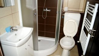 vanzare apartament decomandat, zona Subcetate, orasul Arad, suprafata utila 100 mp