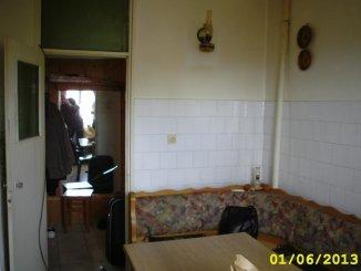 agentie imobiliara vand apartament decomandat, in zona Aradul Nou, orasul Arad